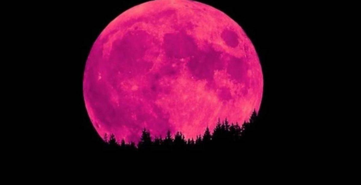 Απόψε το «ροζ φεγγάρι» -Η πρώτη υπερπανσέληνος του 2021!