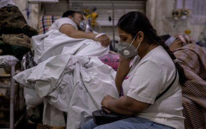 Ινδία: Νέο εθνικό ρεκόρ με 3.689 θανάτους από κορονοϊό μέσα σε 24 ώρες
