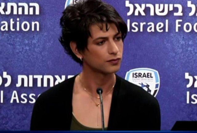 «Ένιωθα παγιδευμένη»: Η ιστορία της πρώτης τρανσέξουαλ διαιτητή στο Ισραήλ(Εικόνες)