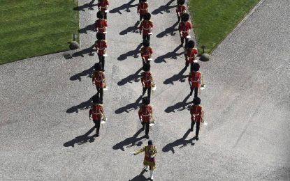 LIVE: Η κηδεία του πρίγκιππα Φιλίππου – Παρακολουθήστε λεπτό προς λεπτό όσα συμβαίνουν