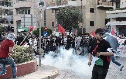 Επεισόδια έξω από την πρεσβεία του Ισραήλ – Παραμένουν τα κυκλοφοριακά προβλήματα στην Κηφισίας