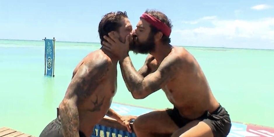 Survivor: Τριαντάφυλλος και Μπόγδανος φιλήθηκαν στο στόμα