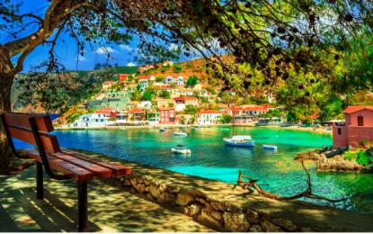 Νέο μοντέλο τουρισμού: Πώς η πανδημία αλλάζει τις διακοπές στην Ελλάδα -Εναλλακτικοί προορισμοί, πολυτελή θέρετρα, well being